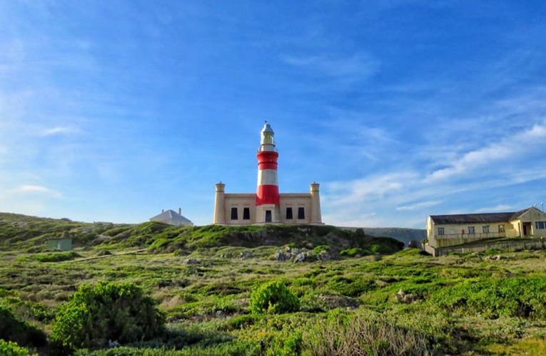 Travel Tuesday: Off to Cape Agulhas we go!