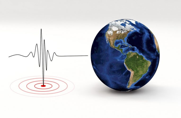 We listen to earthquakes with citizen seismologist Donavin Liebgott